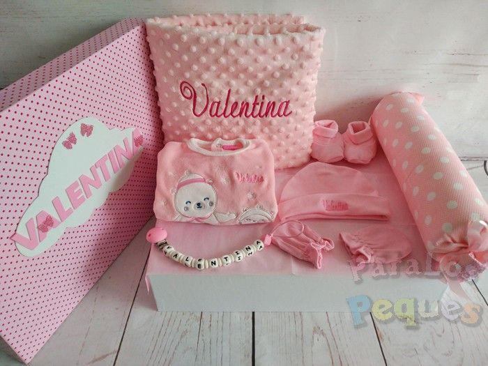 Canastilla de bebé Besitos rosa Valentina