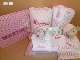 Cestas para bebes cuidaditos rosa bordada