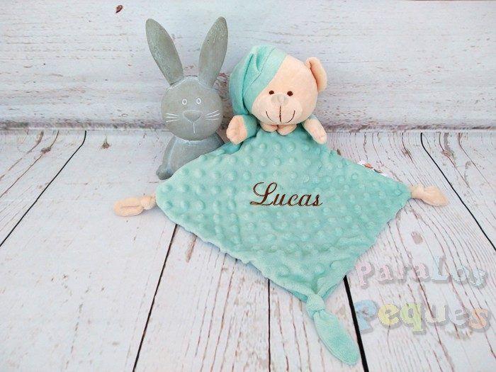 DouDou verde bordado chocolate para bebe