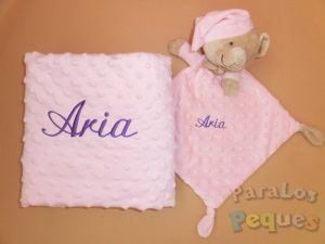 DouDou y Manta rosa bordado lila para bebe