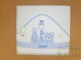 Capa de baño para bebe blanca bordada jirafa azul
