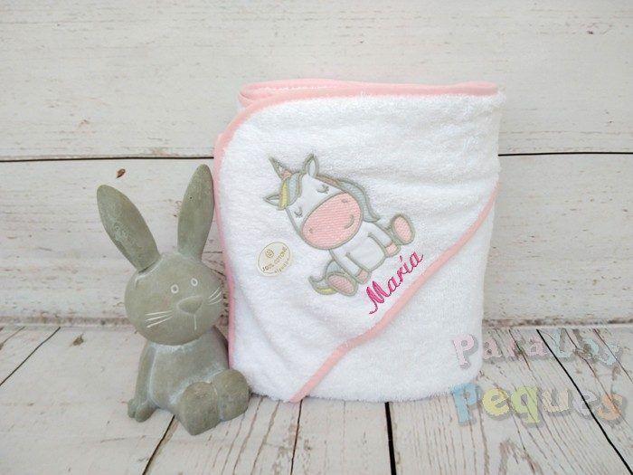 Capa de baño para bebe unicornio blanco y rosa bordada fucsia