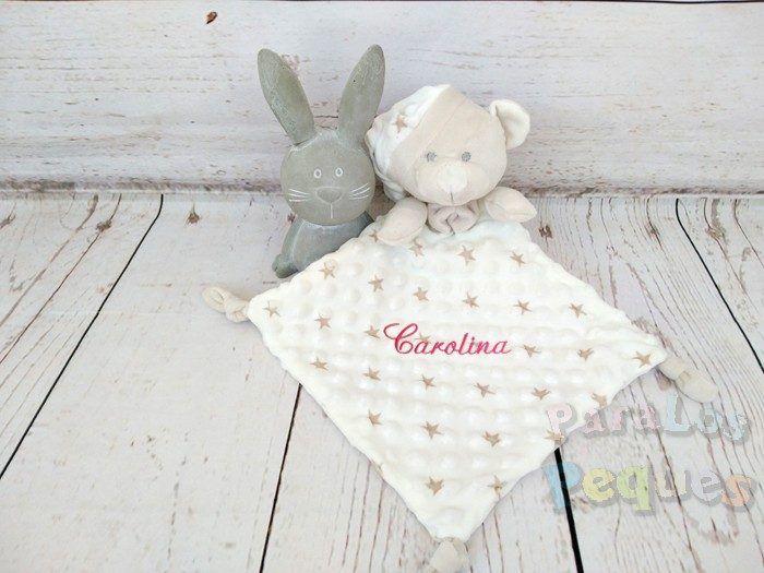 DouDou estrellas beige bordado fucsia para bebe