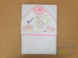Capa de baño para bebe caramelo rosa bordada verde