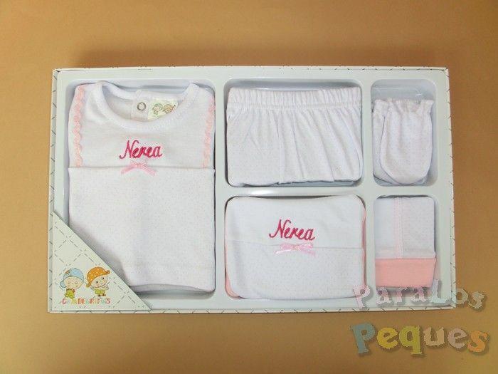 Conjunto de primera puesta rosa bordado fucsia