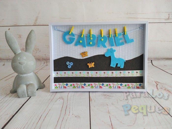 Cuadro bebe personalizado chocolate y azul Gabriel Paralospeques