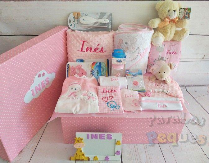 Cesta bordada para bebé muchomimo rosa bordada en rosas