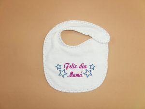 Ideas de regalos para el dia de la madre. babero-feliz dia